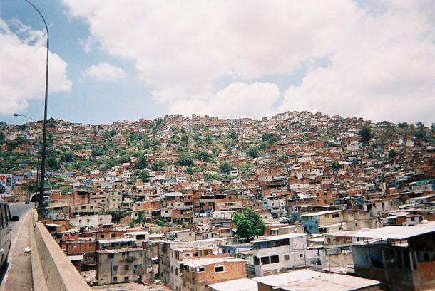 Barrios in Caracas (quelle: wikipedia.de)