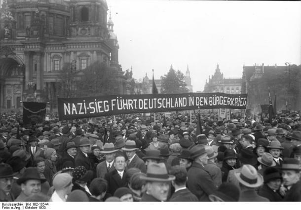 antifaschistische Demonstration der SPD im Berliner Lustgarten 1930