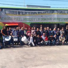 los trabajadores de la ex Petinari celebran la expropiación