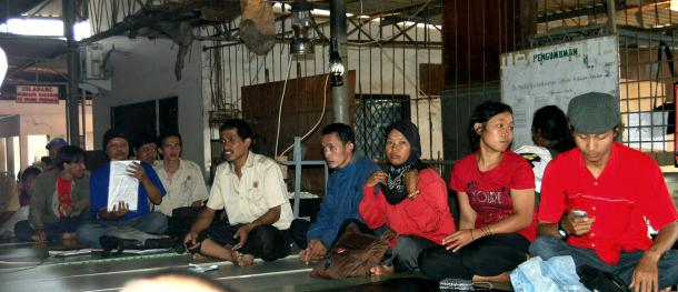 Indonesia: PT Istana, a factory occupied and producing under workers' control
